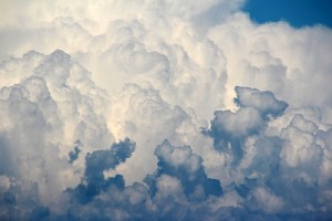 Do you know what kind of clouds these are? Picture from Pixabay.