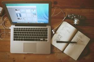 apple-camera-desk-office