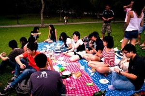 french club picnic event