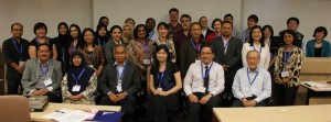 Participants from FASS, UNiversity of Malaya and FASS, NUS on day one of the Forum