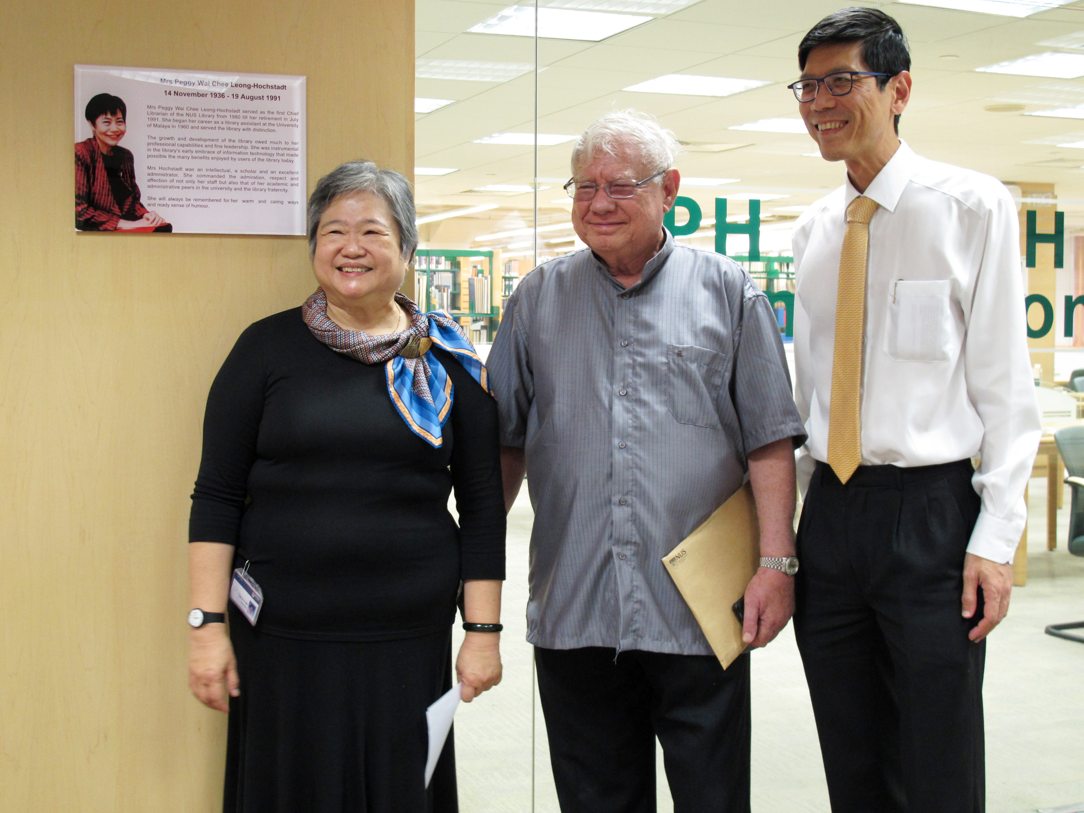 Ms Sylvia Yap Mr Hochstadt and President (2)