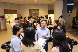 The FASS Alumni-Student Speed Mentoring and Networking Evening at work.