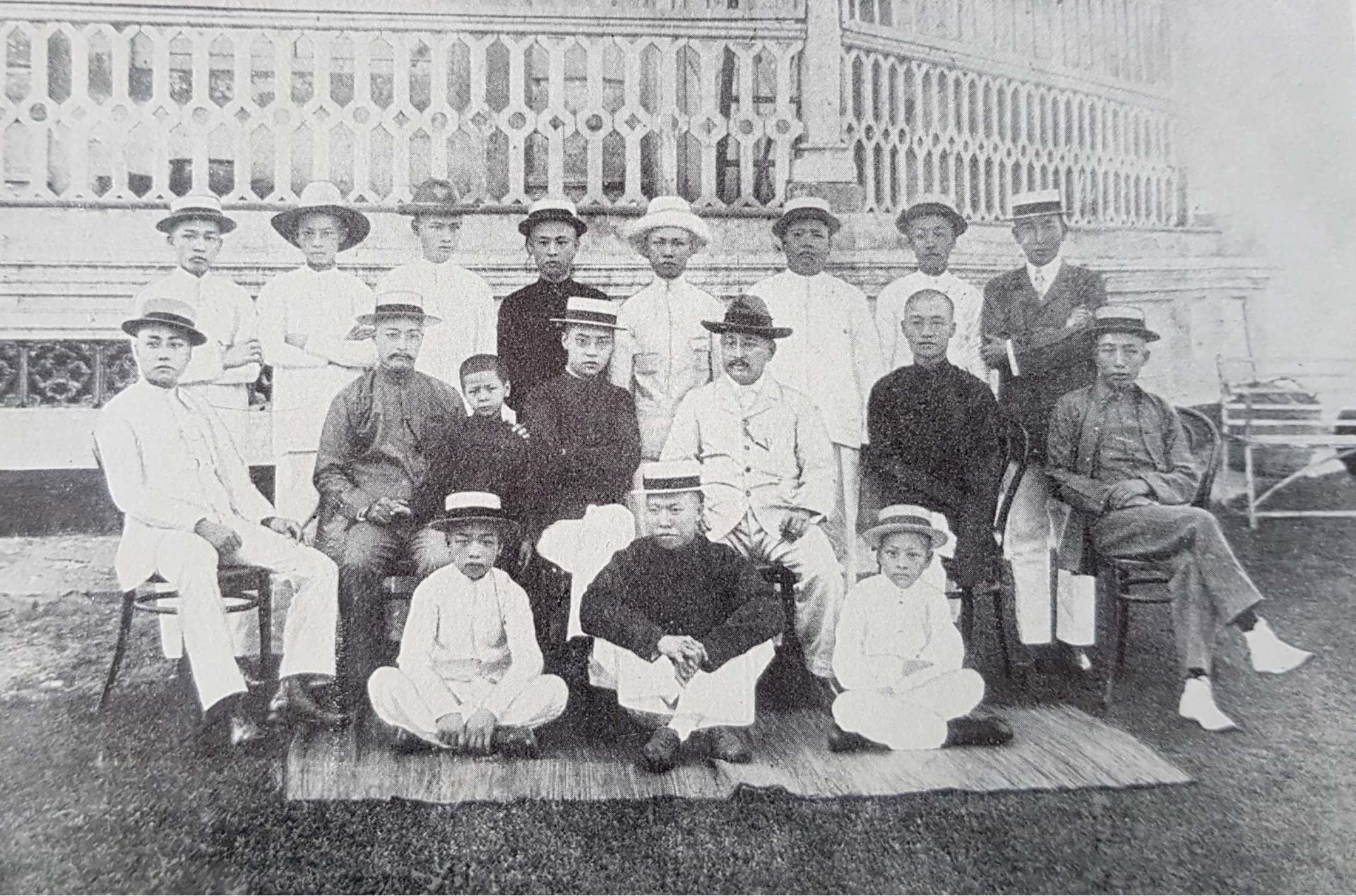 One Hundred Years' History of the Chinese in Singapore