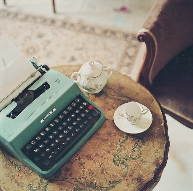 Write for the Blog of the Hamon Arts Library!