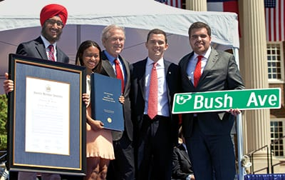 Former President George W. Bush with student leaders (from left) new Students' Association vice president Jaywin Singh Malhi '14, secretary Katherine Ladner '14, outgoing president Alex Mace '13 and new president Ramon Trespalacios '14.
