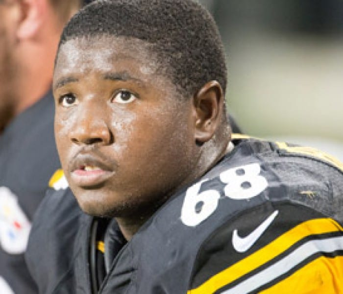SMU Alumnus Kelvin Beachum Jr. '11, '12, Steelers OT, Reaches Out To Fans This Father's Day
