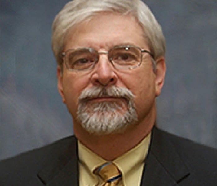 Kenneth Artin '82