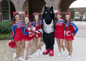 Peruna with SMU spirit squad