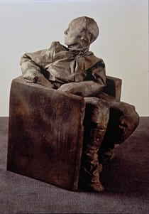Juan Muñoz, Seated Figure Looking Backwards, 1996