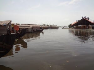 Renting a houseboat in Kerala