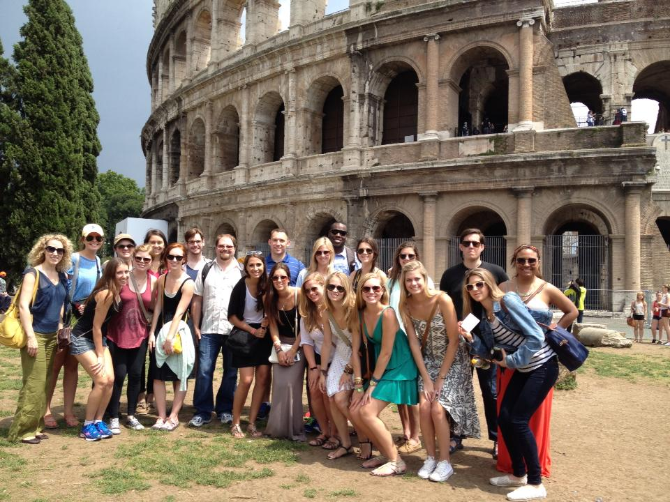 SMU in Italy students, Professor Robert Vander Poppen, and Assistant Director Anne Allbright at the Colosseum.