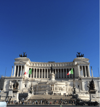 Monumento a Vittorio Emanuele II (also known as Altare della Patria), inaugurated in 1911. Photo credit: Alice