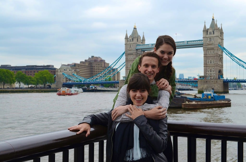 Emily, a junior majoring in dance; Parker, a junior majoring in theater; and Emily, a junior majoring in dance and chemistry; at Tower Bridge. Photo credit: Emily R/SMU Adventures
