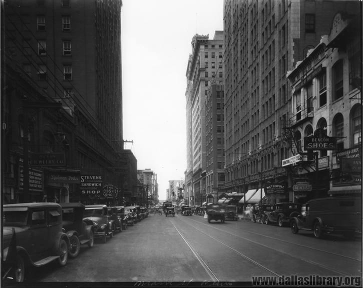 Looking west on Main towards Akard, 1927