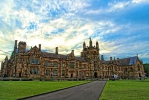 Picture From: https://upload.wikimedia.org/wikipedia/commons/e/e8/The_Main_Quadrangle_of_the_University_of_Sydney.png