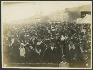 General View of Crowd. ''Flyin' Frolic'' Nov., 12-13, 1918. Love Field, Tex.