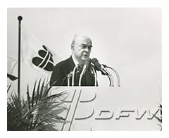 [Close-up of J. Erik Jonsson Speaking at DFW Airport], ca. 1971, DeGolyer Library, SMU.