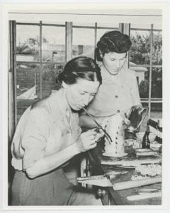 [Velma Davis Dozier and Esther Webb Houseman Working on Metal Pieces], ca. 1940, Bywaters Special Collections, SMU.