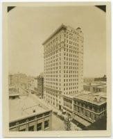 [Corner of Main and Akard], ca. 1910s, DeGolyer Library, SMU.