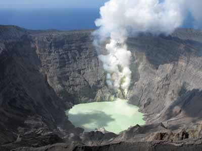 E_crater1.jpg