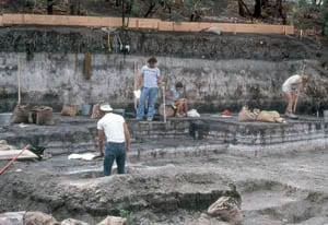 LL%20excavation%20in%20diatomite%20300px.jpg