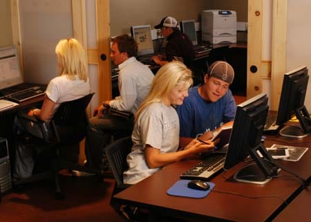 SMU%20Taos%20students%20in%20library.jpg