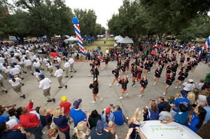 homecomingparade2010-16.jpg