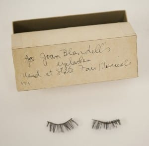 Joan Blondell's fake eyelashes