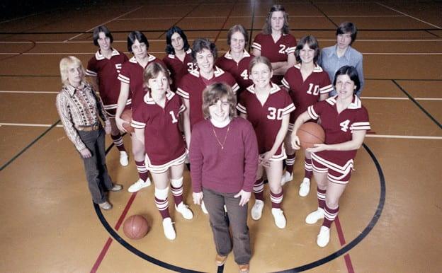 womens-basketball-960x594