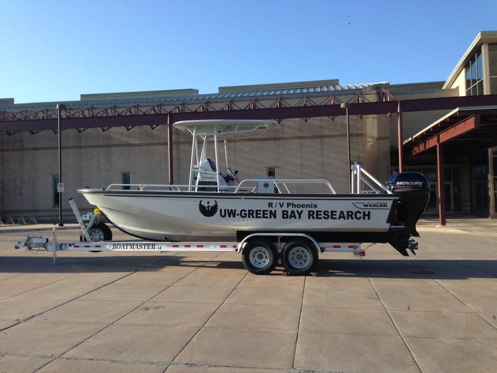 R/V Phoenix:    25' Boston Whaler - Guardian    Twin 150 hp Mercury Fourstrokes    Offshore capable