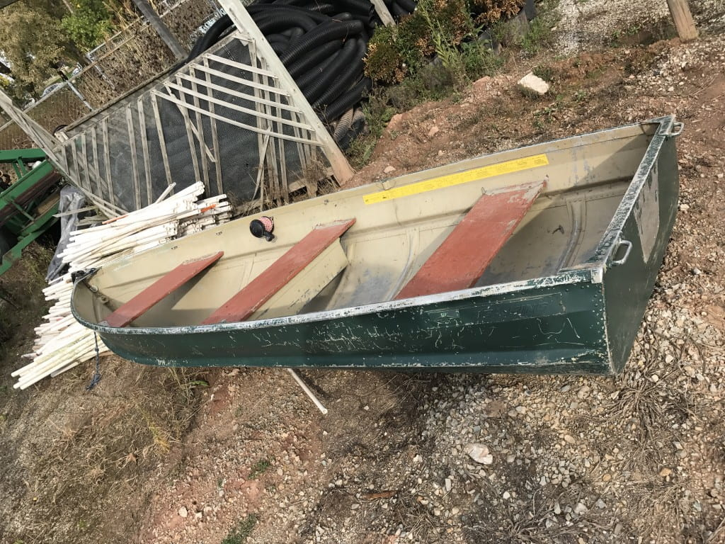 12 ft Aluminum row boat for small water bodies