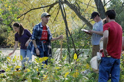 Slideshow: Science students scour pond area for interesting insects