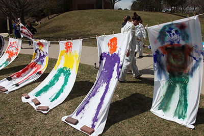 Color my campus: human paintbrush