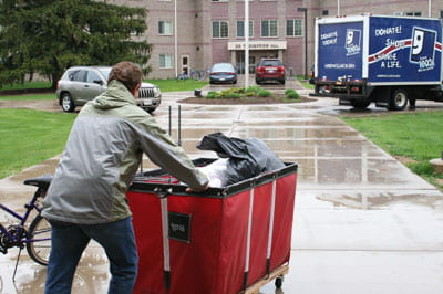 Doing good, going green: Move-out donation drive benefits Goodwill