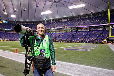 Photographer Becker has sideline view of the storied Green Bay Packers