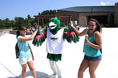 #uwgbtour: Record Campus Preview Day welcomes 250