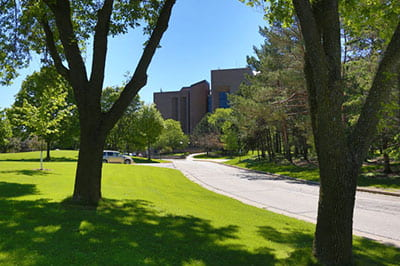 UW-Green Bay campus summer photo gallery