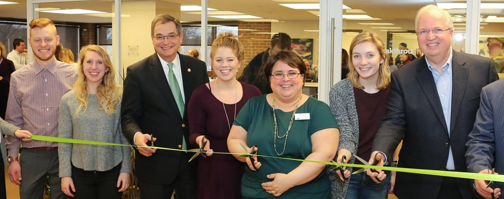 Ribbon cutting for the Cofrin Library Breakthrough Studio