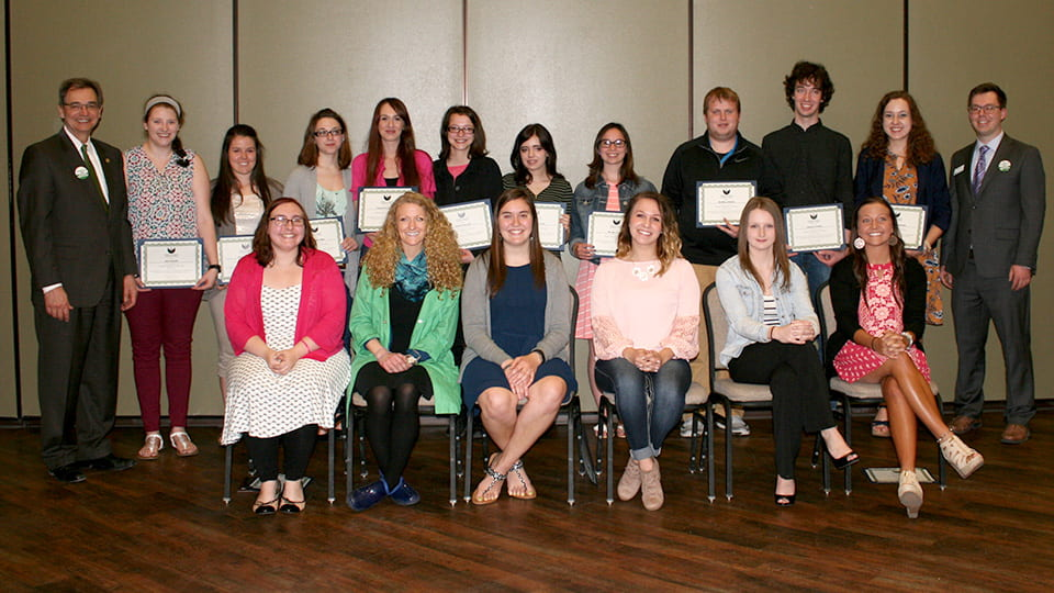 2017-uwgb-student-employee-of-the-year-nominees-cropped