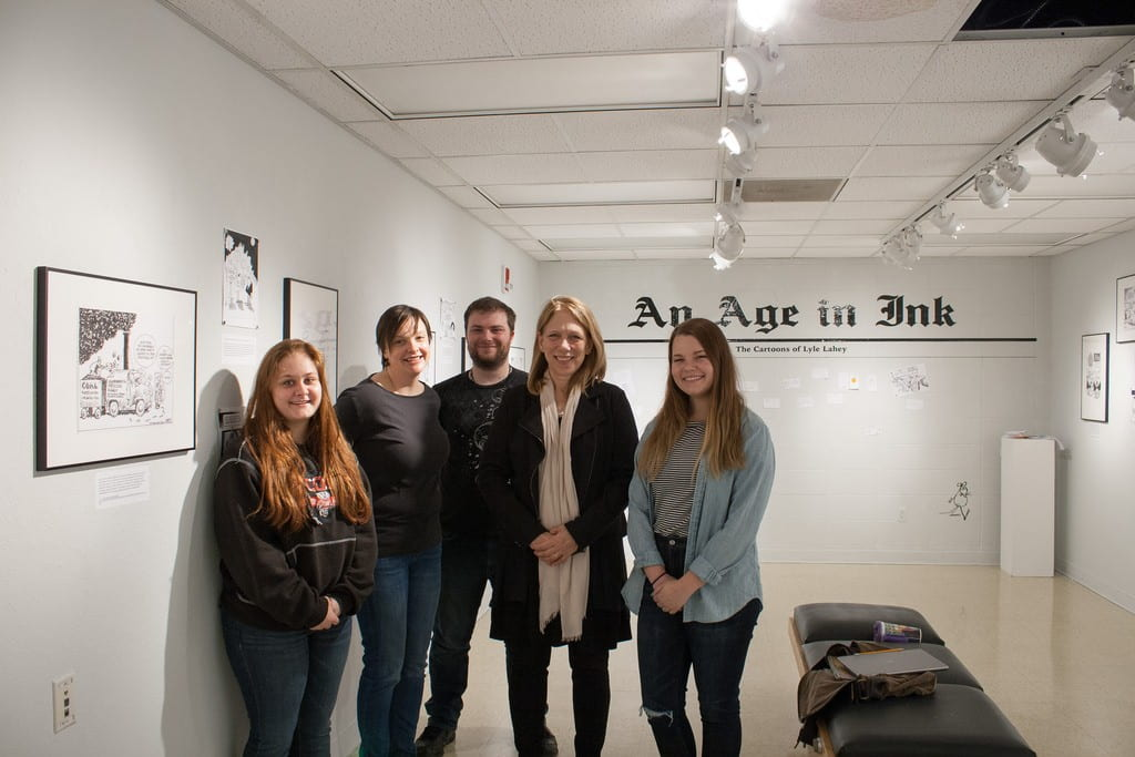 Cartoonist Liza Donelley with American Political Thought (DJS/POL SCI 349) students and Instructor Alison Staudinger