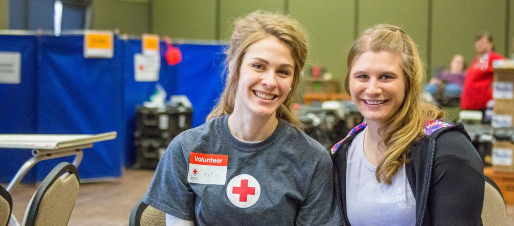 Blood Services Executive Chair Jennifer Johnson and Red Cross Club President Lauren Joerns