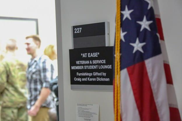 veterans-lounge
