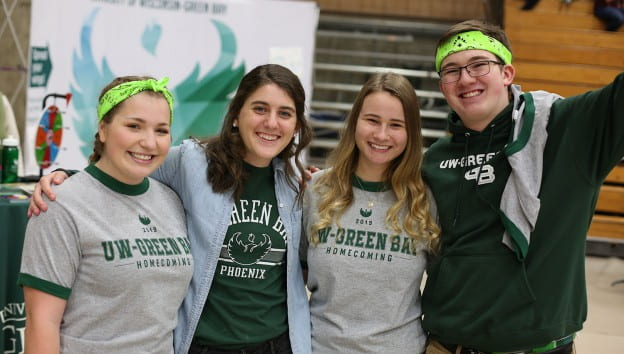 Students enjoy Homecoming pregame