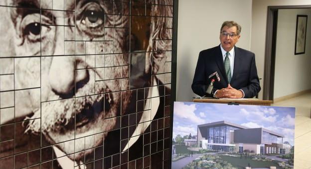 Chancellor Miller Speak at Einstein Project