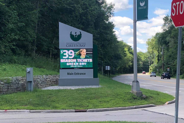 UW-Green Bay Main Entrance sign with digital maruqee board
