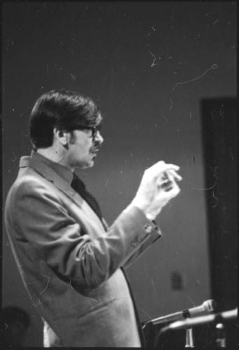 Photo memory 8 - Director conducting