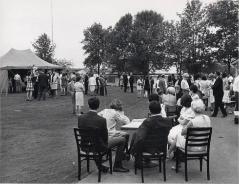 Photo memory 14 - First Commencement Reception, June 1, 1970