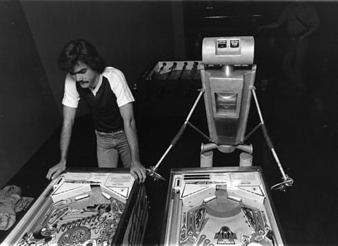 Photo memory 65 - Pinball player