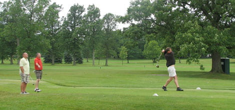 Photo: Alumni Scholarship Golf Outing
