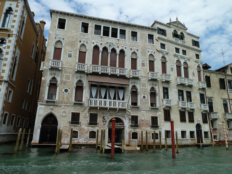 Palazzo_Barbaro_gran_canal_san_marco